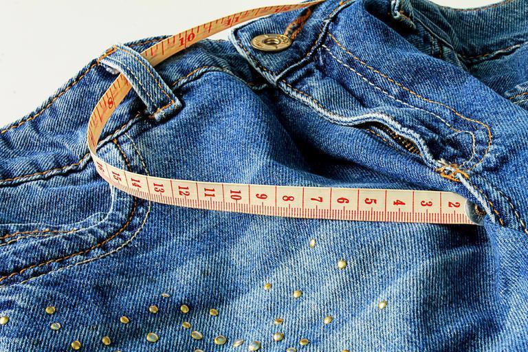 Ženské džínsy, nohavice, meter, chudnutie.jpg