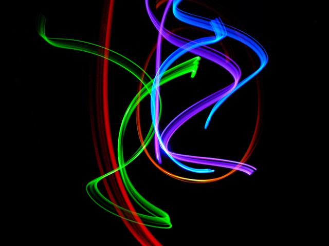 Farebné svetlo, farby svetla, fialová, modrá, červená, oranžová, abstraktné.jpg