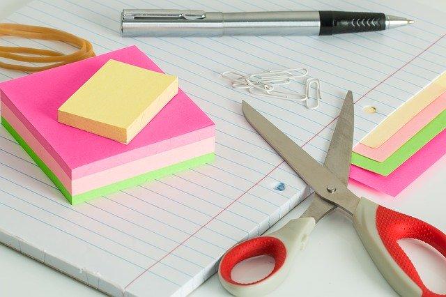 Nožnice na papier.jpg
