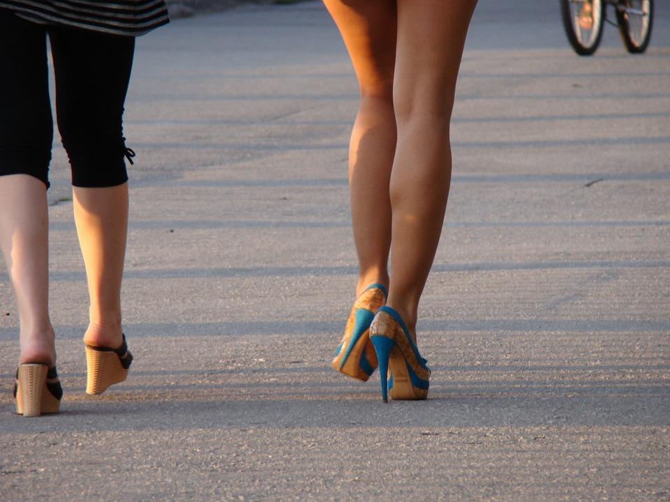 nohy, kráčanie